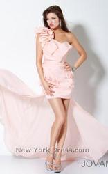 Модные вечерние платья в Атырау продам!!!